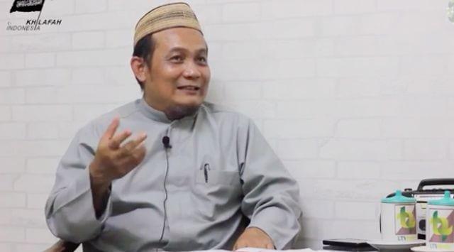 Mantan Anggota HTI Ustadz Taufik Hamid Bongkar Propaganda dan Rahasia Perekrutan HTI
